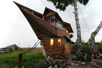 Необычный дачный дом, ковчег, ковчег в огороде