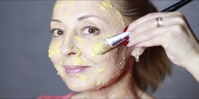 Яичная маска-пленка 3 в 1: подтяжка, укрепление и очищение