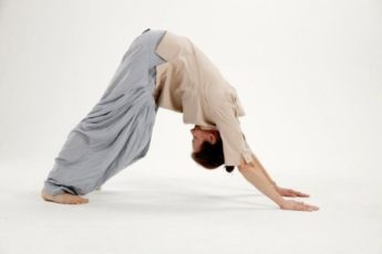 """Упражнения """"5 тибетцев""""— всего 15 минут в день для Вашей отличной формы"""