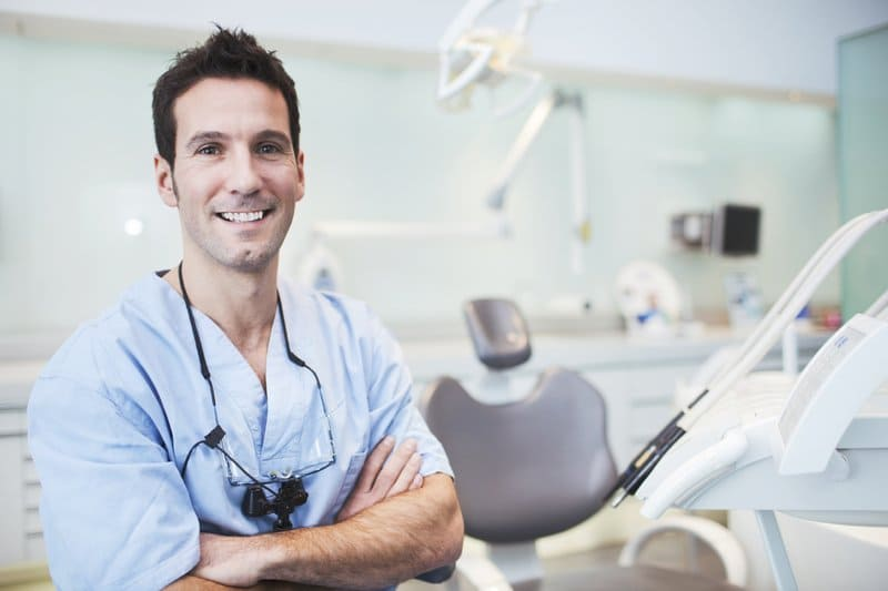 13 вещей, которые стоматологи никогда не берут в рот